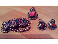Beautiful stand out vintage Earrings, ring and bracelet peacock dancing performance. £5