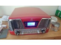 Retro Record Player by GPO in Red. FM/AM radio, CD player, MP3, in box, used once to check its ok
