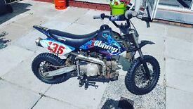 Stomp dirt bike 80cc semi automatic