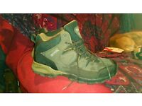 Regatta mens walking boots size 12