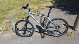 "Mongoose Mountain Bike 18"" Mens Aluminuim 26"" Wheel 24 Speed Aluminium Hydraulic Brake"
