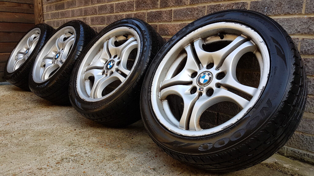 genuine staggered bmw 3 series alloy wheels with tyres. Black Bedroom Furniture Sets. Home Design Ideas
