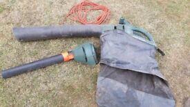 Black & Decker Leaf Blower / Vacuum