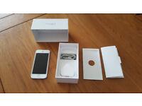 Apple iPhone 5 - 16 GB - White & Silver - Unlocked!!