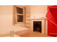 2 Double master Size Room in femaIe House Flat Share -- mintpie