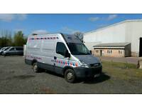 Iveco 35S11MWB 10 plate