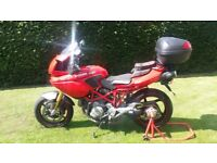 Ducati Multistrada - Red