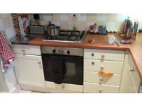 Used x magnet kitchen with appliances