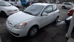 2009 Hyundai Accent GL, timing belt changer! A/C, groupe élec! p