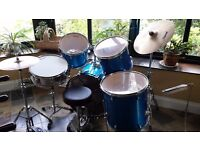 5 piece Diamond drum set Great condition