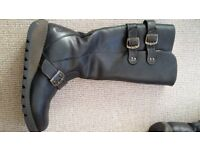 LADIES FLY BOOTS (FUR LINED) - Size 38(5)