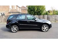 2006 MERCEDES BENZ ML 350 SPORT BLACK FULLY LOADED SAT NAV HEATED SEATS FULL SERVICE HISTORY 2 KEYS