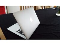 Apple Macbook Pro 2015 13 Retina display Intel Iris Graphics 2.7 ghz Intel core I5 8gb 6100 OS X