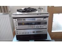 Technics turntable,disc player,tape deck,tuner,amplifier & speakers