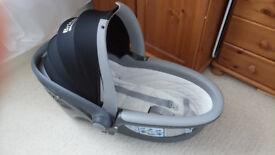 Baby Britax lie flat car seat