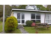 Homely & Sunny 2 Bed Holiday Bungalow with Countryside & Sea View