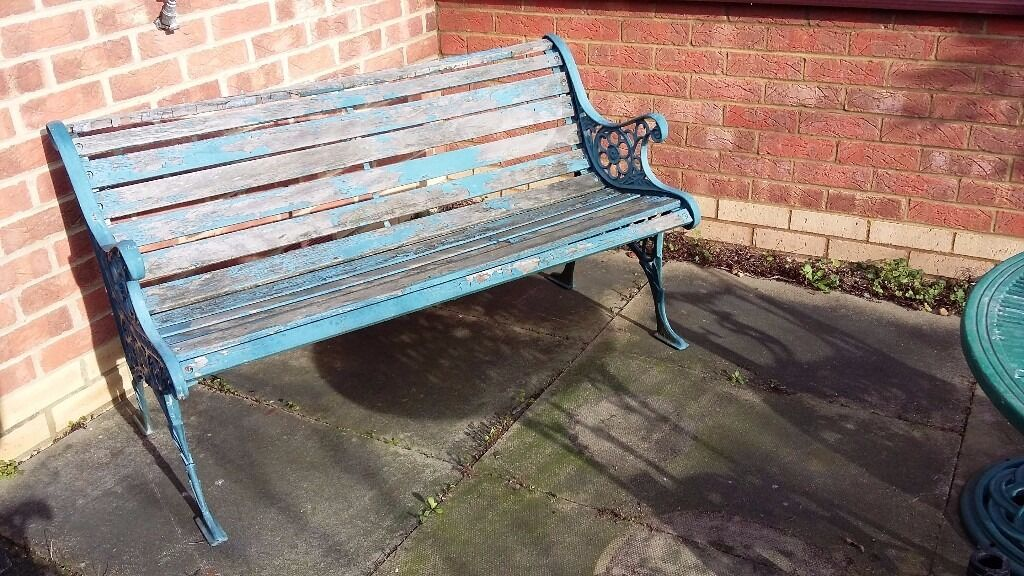 Garden Bench With Cast Iron Arms Legs Wooden Slats Need Painting Top Slat