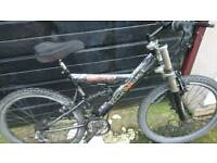 KONNECT MENS MOUNTAIN BIKE, 19 INCH FRAME, 26 INCH WHEEL'S, 18 GEARS, GOOD CONDITION