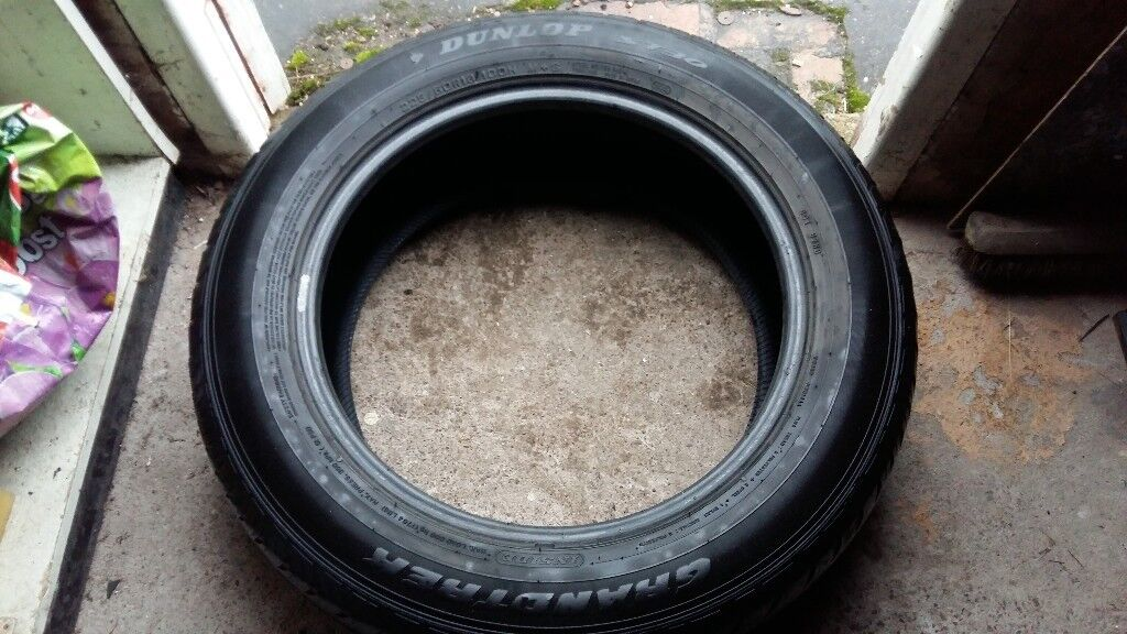 2x 225/60/R18(M+S and Summer) 4x4 Part Worn Tyres