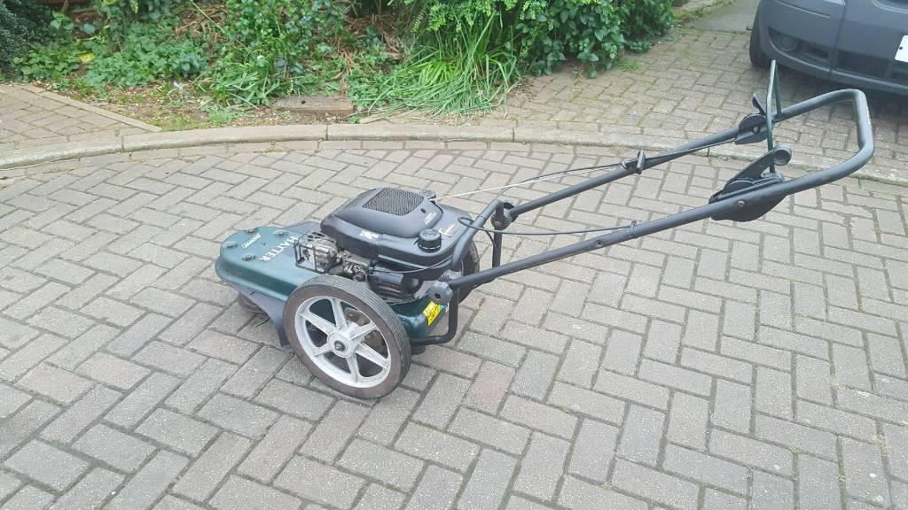 Hayter 4 stroke power trimmer £150 ono