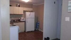 MOVE-IN INCENTIVE!! $200 OFF First Months Rent - 3 bed/2 bath Co