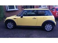 ** DIESEL MINI ONE *** Mini one 1.4 D , Pepper Pack , Panoramic Glass Roof, Group 4 Insurance
