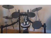 ROLAND Electric Drum Kit TD-4
