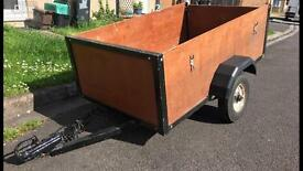STABLE SOLID CAR TRAILER 5' X 3' X 2' (Extendable) Covered With Take it easy-Downs..