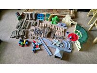 Thomas the tank engine trackmaster. Assortment of various sets, selling as a job lot.