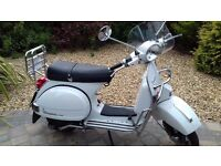 Vespa Scooter px125 30th Anniversary Series, Limited Edition #454/100