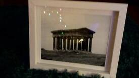 PICTURE OF PENSHAW MONUMENT