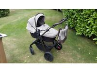 Silver Cross Pioneer Special Edition Expedition Pram/Pushchair Travel System