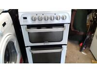 HOTPOINT 50 CM ELECTRIC DOUBLE OVEN COOKER CERAMIC TOP