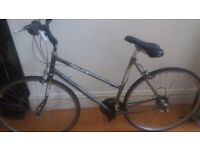 DAWES SHADOW LADIES HYBRID BIKE 19""