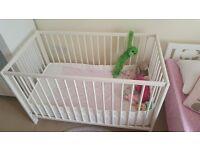 Cradle + matress + bumper set + bed sheets