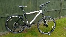 "Ex-Police Smith &Wesson mountain bike 26""wheels hydraulic Disc Brakes 27 gears"