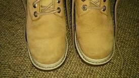 Ladies Catapillar tan boots