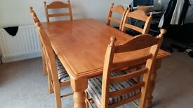 Light oak dining table + 6 chairs