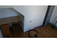 ROOM FOR RENT . . . Liverpool Smithdown rd