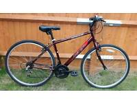 "Hybrid 18"" frame bike in VGC and serviced"