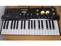 Line 6 TonePort KB37 USB Audio Interface / MIDI Controller Keyboard