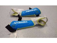 Child's Sondico Flair Performance Shin Pads size XXS