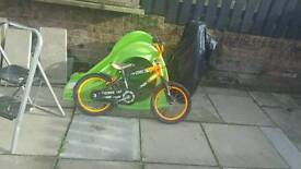 Kids bike and scooter