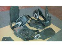drake F50 snowboard bindings (medium size)