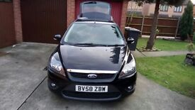 Ford focus 1.6 zetec auto BLACK