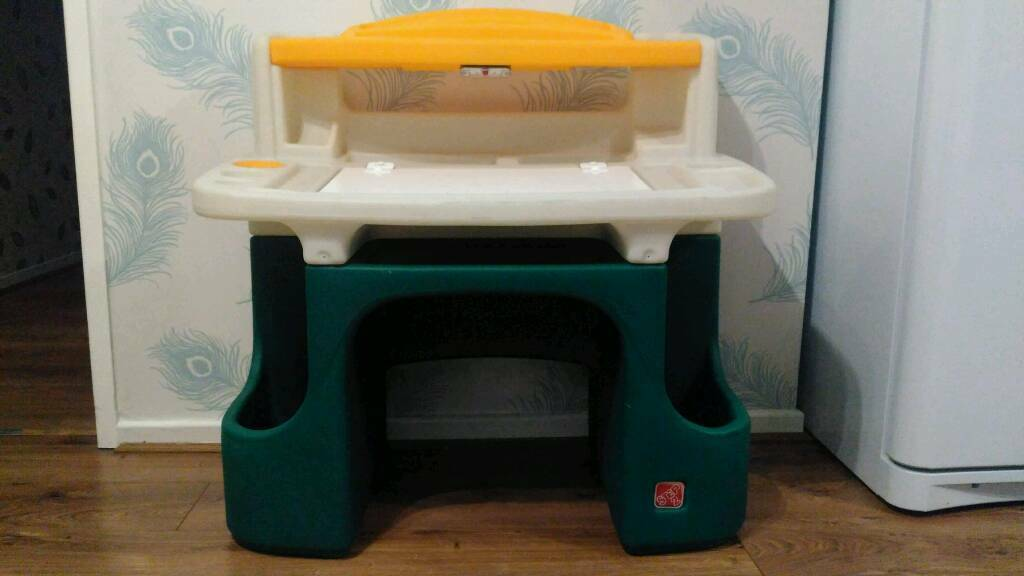 Step 2 Children S Writing Drawing Painting Storage Desk In High