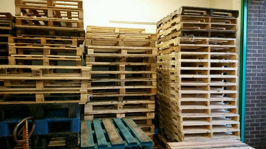 Pallets wantedin Wigan, ManchesterGumtree - Pallets wanted. Cash paid for wooden pallets. Can collect within 30 mile radius of Wigan