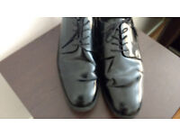 CLARKS mens shoes size 8.5 UK