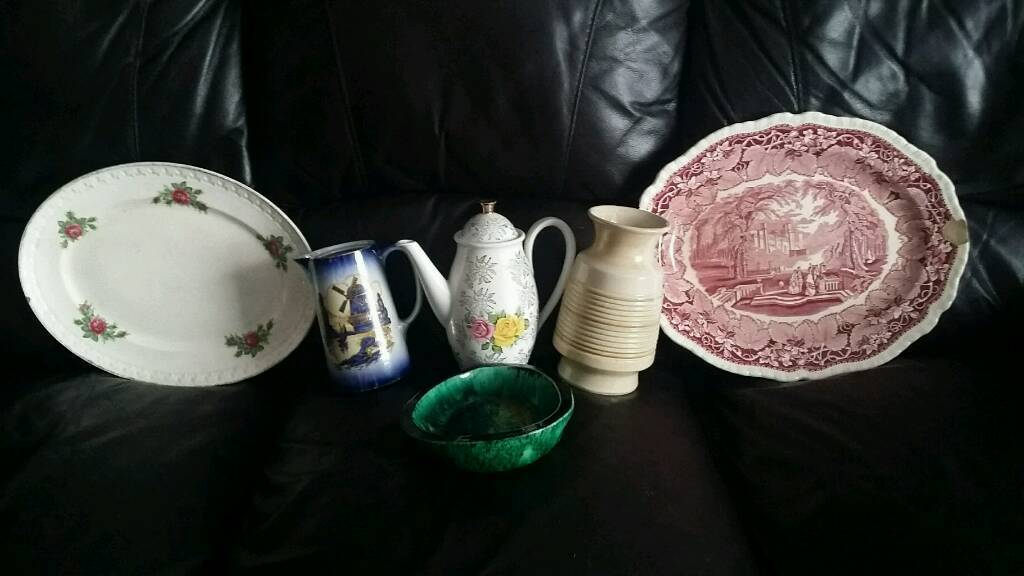 Selection of pottery