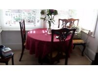Dining Table and chairs set for sale! Dining set for sale! Quick sale due to house move